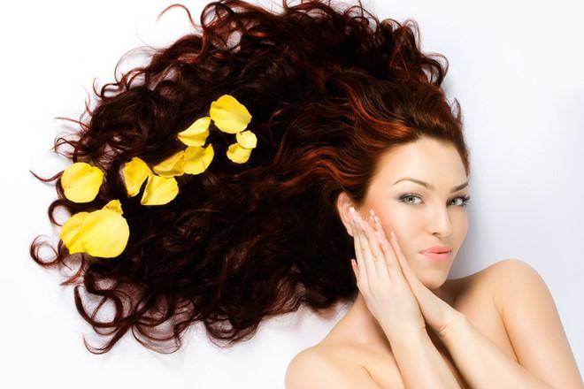 Cách chăm sóc tóc uốn tại nhà nàng nào cũng phải biết !