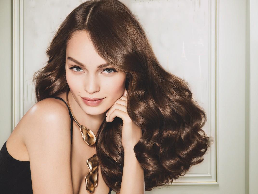 """Tiết lộ sản phẩm chăm sóc tóc tại gia được phụ nữ Đức coi như """"bảo bối"""""""